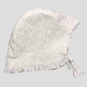 White Bonnet - baby girl